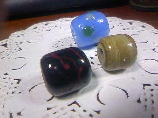 レース玉と黒玉